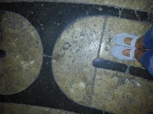 Feet on labyrinth