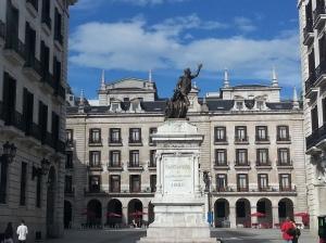 Santander & statue