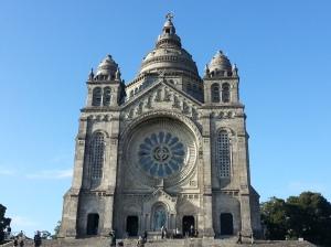 Santa Luzia was designed to resemble the Sacre Coeur in Paris