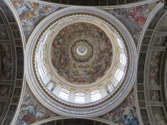 Bas Andrea Dome