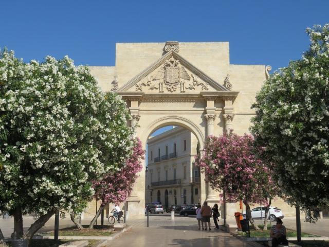 Lecce gate